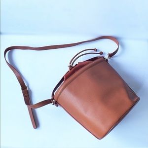 Handbags - Brown bucket bag crossbody shoulder strap